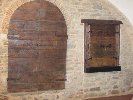 Portone di accesso al giardino 2002