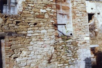 Particolare antico muro
